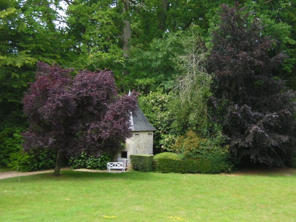 jardin-plessis-val-de-loire-1024x768